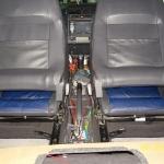 Doprowadzenie kabli i przewodów do przodu